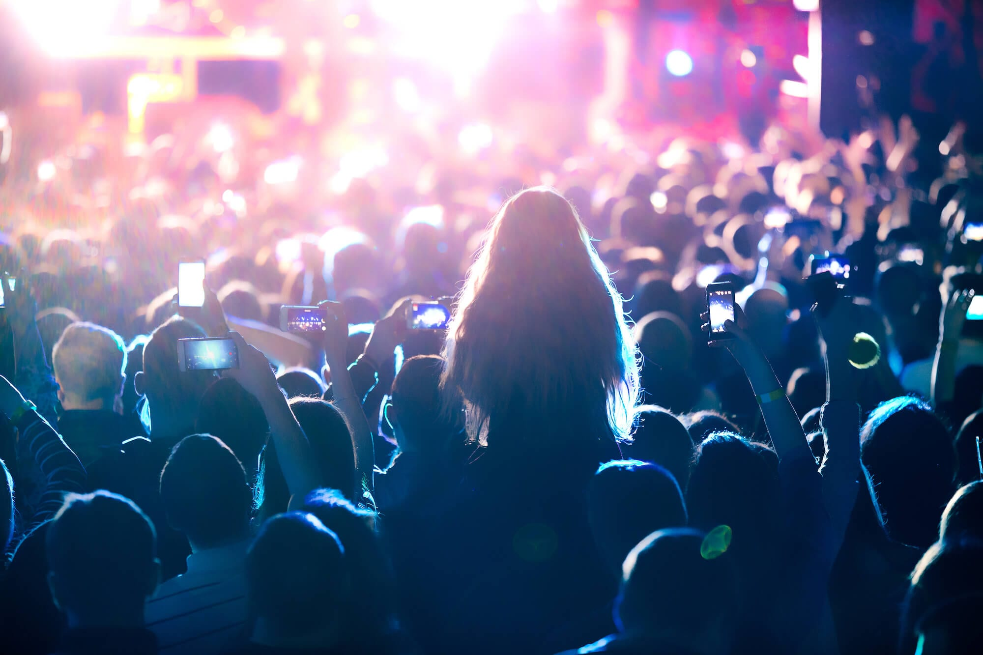 Image of people enjoying corporate event entertainment