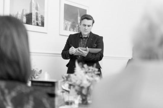 A photo of wedding mind reader Looch