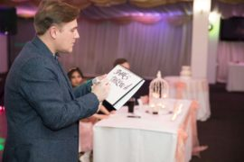 Photo of the Wedding Magician Nottingham Looch performing